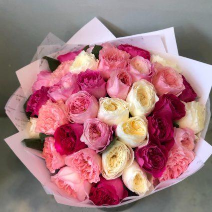 Любимые ароматные розы Дэвид Остин. Букет из 35 роз.