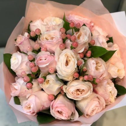 Нежнейшее удовольствие розовых бутонов Keira от David Austin. 21 роза.
