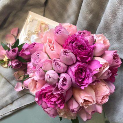 Свадебный букет из 21 розы