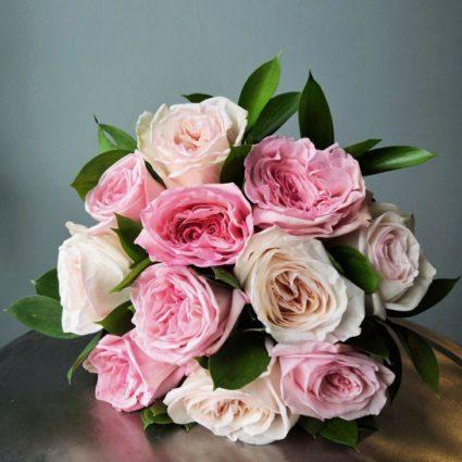 11 роз сорта «O'Hara»